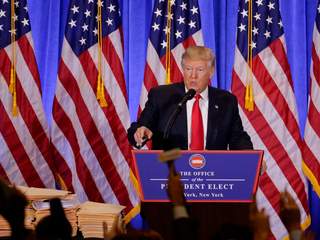 Trump denies reports on Russia ties