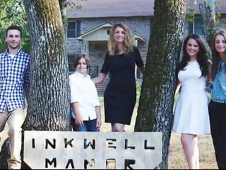 Mom of 4 builds family house from YouTube videos