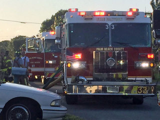 Fire, minor power outage in suburban West Palm