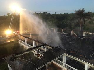 Fire destroys golf clubhouse near Lake Worth