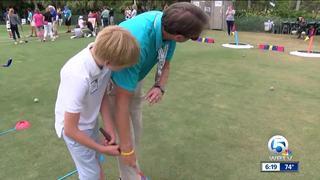 Ernie Els hosts golf clinic at Honda Classic