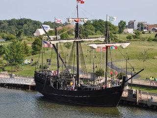 Columbus-era replica ships come to South Florida