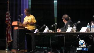 Joe Negron visits Pahokee to talk about land