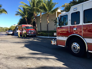 Kids playing with matches start Lake Worth fire