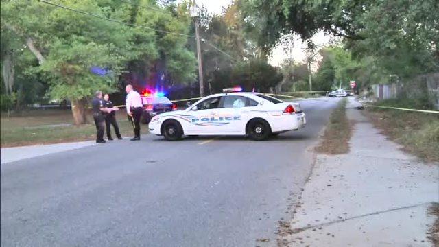 1 dead- 5 injured in shooting