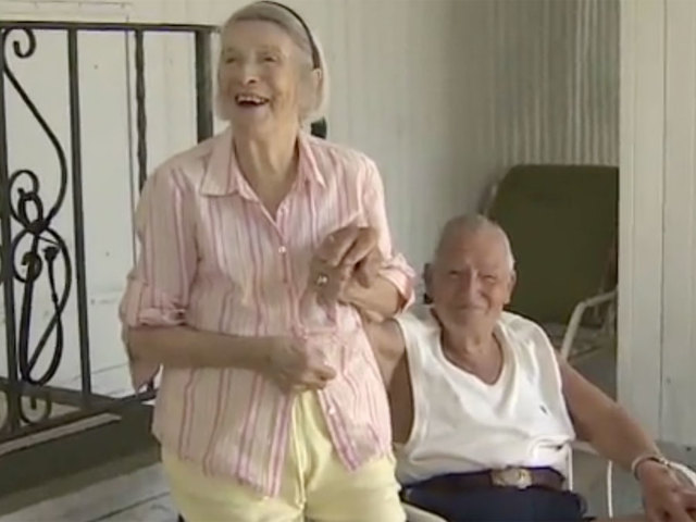 Elderly couple on wrong Allegiant flight- end up in NY- not Michigan
