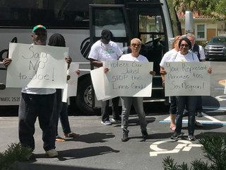 Reservoir opponents protest at senator's office