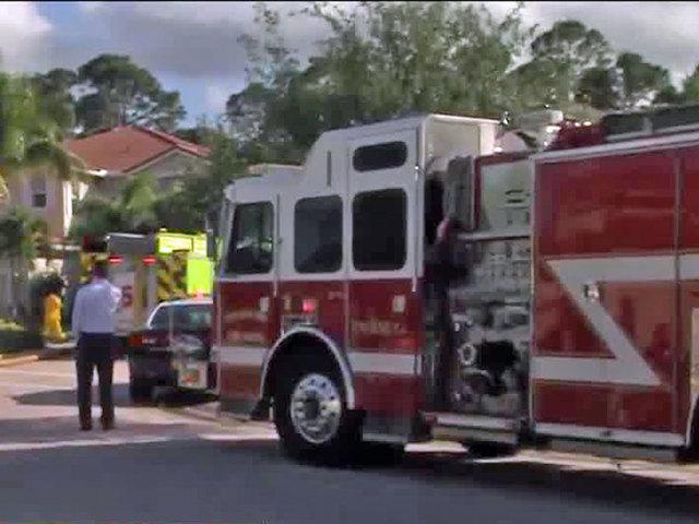 Firefighters Battle Palm Beach Gardens Brush Fire
