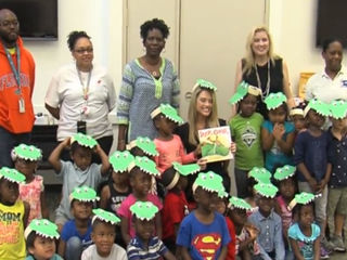 800 books donated to literacy campaign