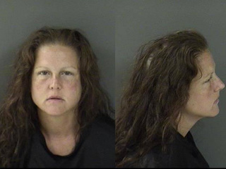 Woman turns herself in to Fellsmere police