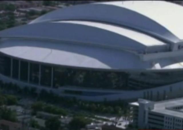 Derek Jeter- Jeb Bush group buying Miami Marlins- Bloomberg says