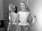 Dina Merrill, heiress and actress, dead at 93
