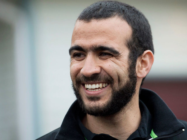 Omar Khadr to get $10.5 million, apology from Canadian government, source says