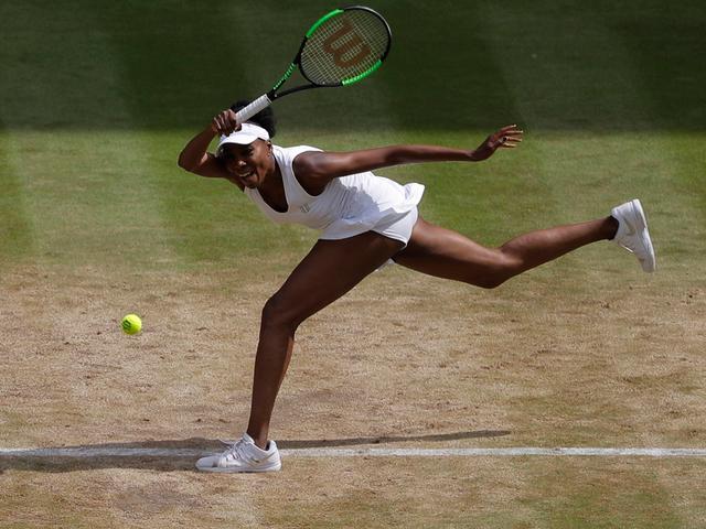 Garbiñe Muguruza ousts No. 7 seed Svetlana Kuznetsova at Wimbledon