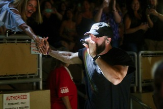 Pics: Sam Hunt plays the Perfect Vodka Amp