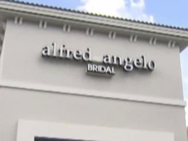 Bride left scrambling after sudden closure of metro bridal store