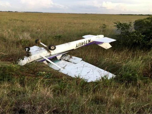 Small plane loses power- crash lands on Levee in West Broward