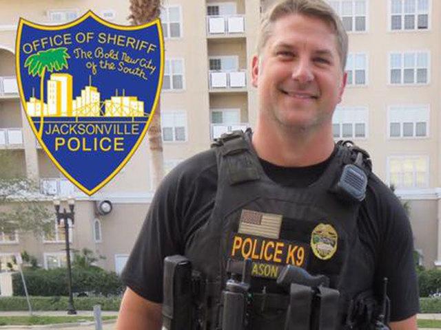 Jacksonville officer shot in the face- suspect killed