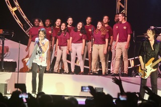 Pics: Lake Worth HS Choir back up for Foreigner