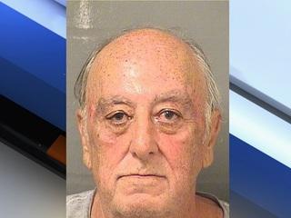 Police: 70-year-old man displayed gun in Publix