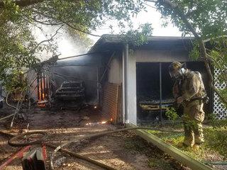 Fort Pierce fire destroys 2 antique cars