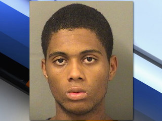 Police: Man locked kids in apartment, set fire