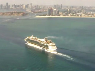 Harvey forces cruise ship to dock in Miami