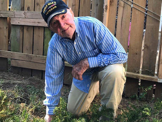 WWII vet, 97, takes knee to support NFL players