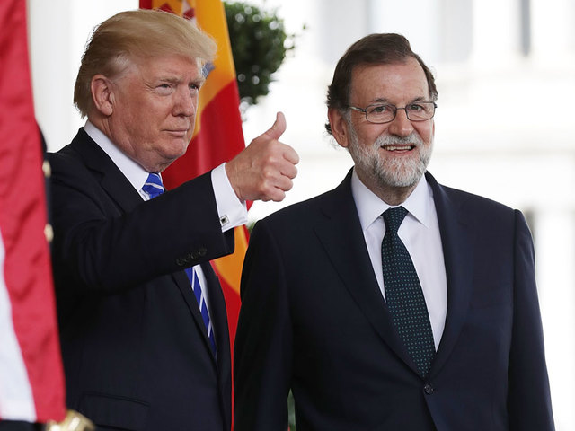 Spanish PM Rajoy meets Donald Trump in Washington days before illegal referendum