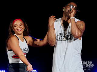 Nelly performs in WPB a week after his arrest