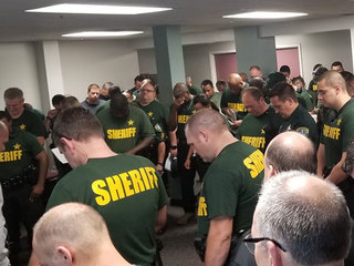 Florida sheriff's office prays ahead of Michael