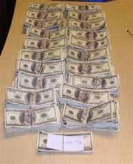 Car bought, counterfeit money found