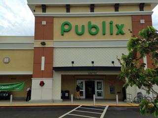 Cerrados los super mercados Publix
