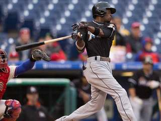 Marlins' Dee Gordon traded to Mariners