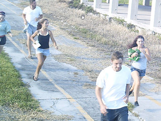 5 people spotted running from Belle Glade arson