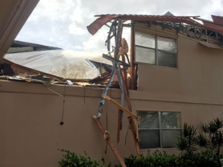 Roof Collapse At Kings Point Condo Wptv Com