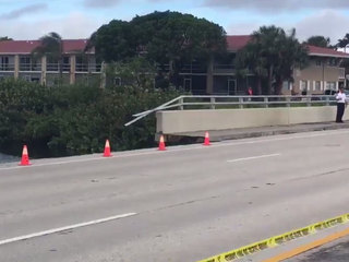 Bridge partially collapses in North Palm Beach