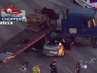 Semi, car crash on U.S. 27 near South Bay