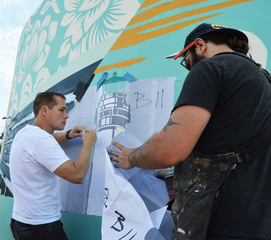 Mural honoring Perry Cohen completed at JCHS