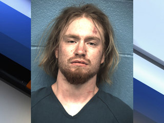 Man pleads guilty to killing Kansas woman, girl
