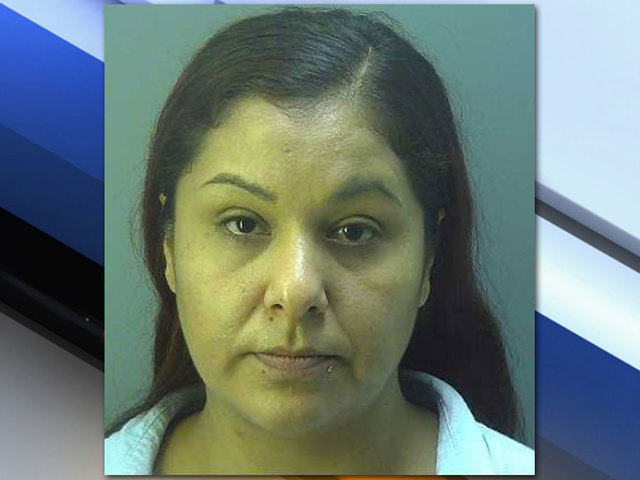 Clewiston Middle School teacher accused of selling drugs to students