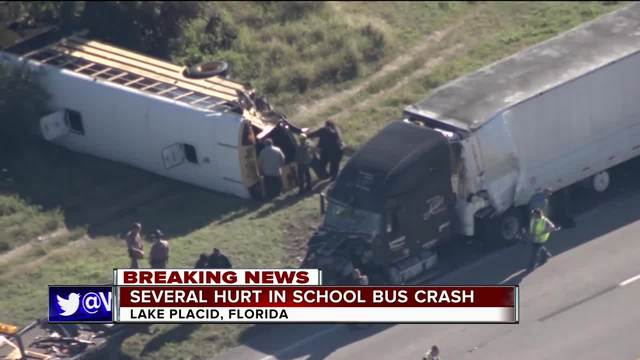 At least five injured in Florida school bus crash