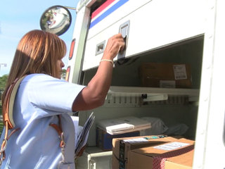 3 mail carriers offer package protection advice