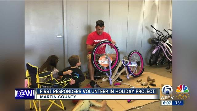 Martin County First Responders volunteer for holiday project