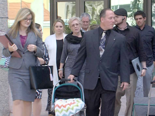 Father fights Florida law for paternal rights
