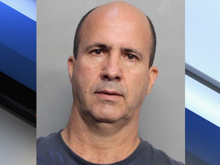 Miami man accused of stealing beehives