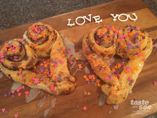 Simple and fun Valentine's Day breakfast idea