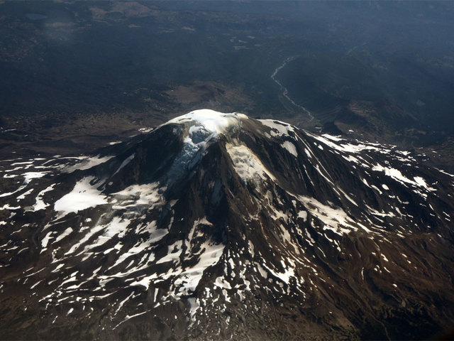 Climber who died after fall on Mount Hood identified