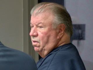 Cops: Man battered 88-year-old at Boca club