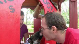 Animal rescue hosts 'smooch-a-pooch'